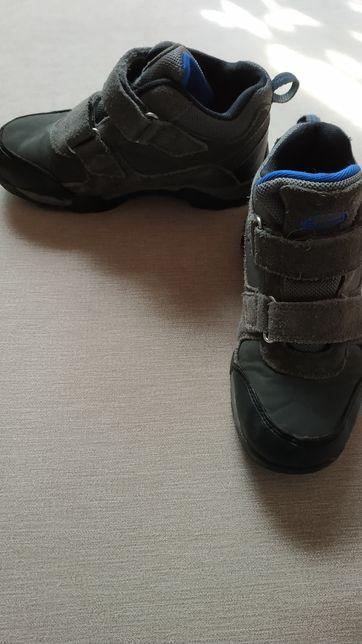 Полуботинки, кроссовки для мальчика Outventure, размер 34