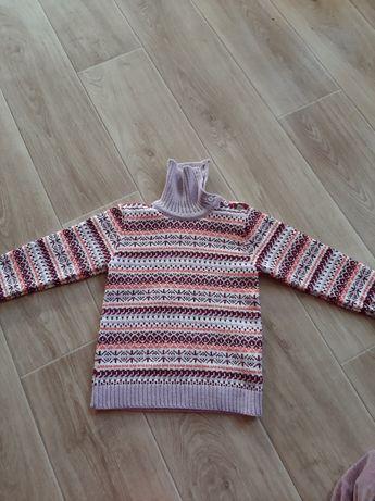 Продам светр на дівчинку
