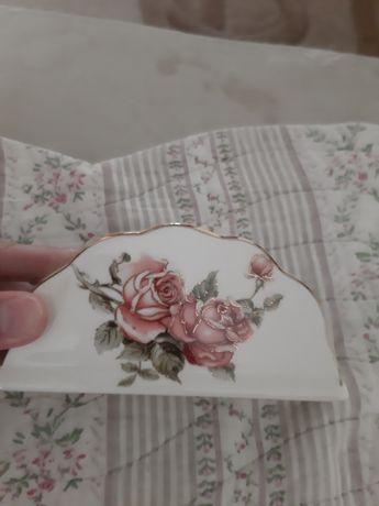 Салфетница фирма Lefard три розы