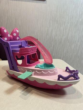 Игрушка корабль, Яхта Минни Маус