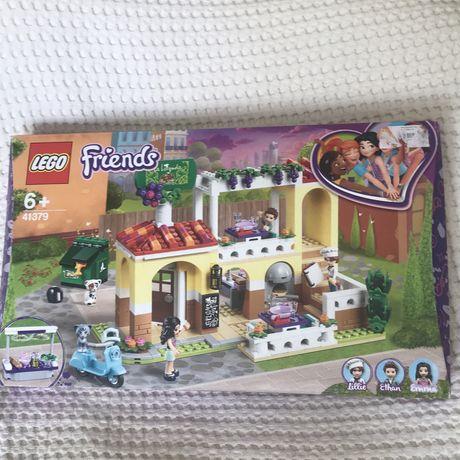Конструктор LEGO Friends Ресторан Хартлейк-Сити 41379.