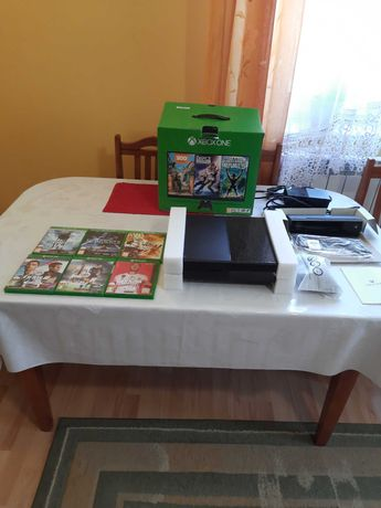 Xbox one + kinect + pad + 6 gier