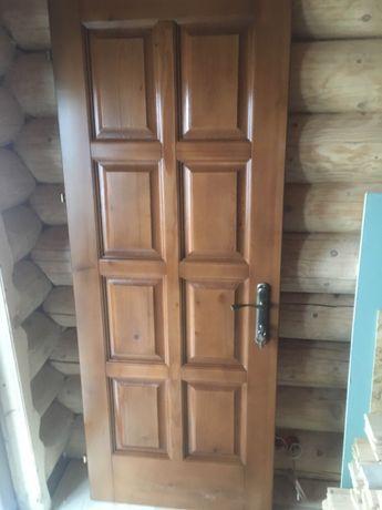 Двері дерево вхідні міжкімнатні