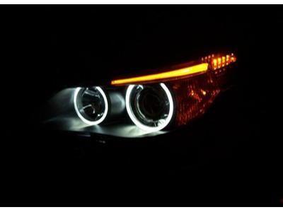 Polerowanie lamp samochodowych oraz lakieru