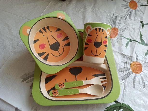 Посуд дитячий бамбуковий ,набір 5 елементів.