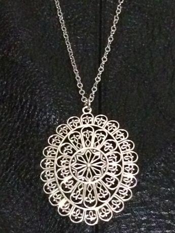 Кулон, медальон на цепочке, подвеска с цепочкой