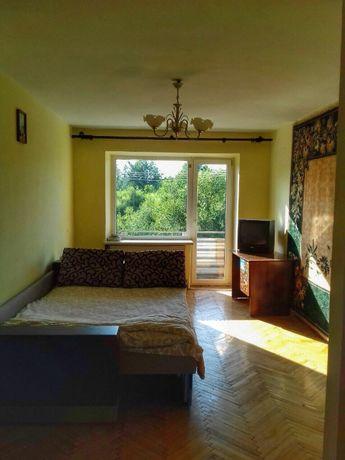 Продається 3-ох кімнатна квартира в м.Надвірна