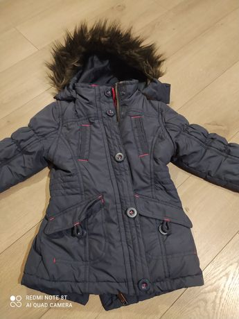 Ciepła kurtka zimowa że sciagaczem