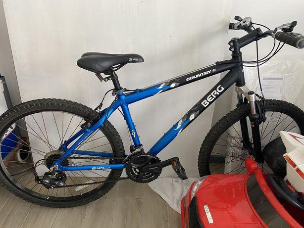 Vendo bicicleta berg country s1