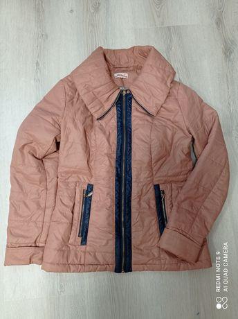 Демисезонная куртка р.48 на большую грудь