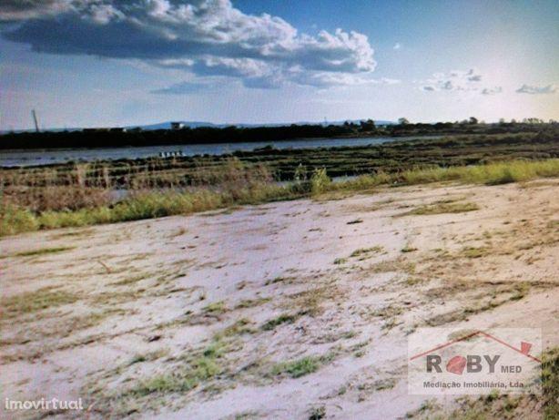 Terreno Urbano com 67600m2 vista rio, Investidores.
