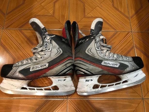 Хоккейные коньки BAUER Vapor X4.0, р. 9,5Е