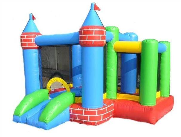 Castelo com escorrega PVC