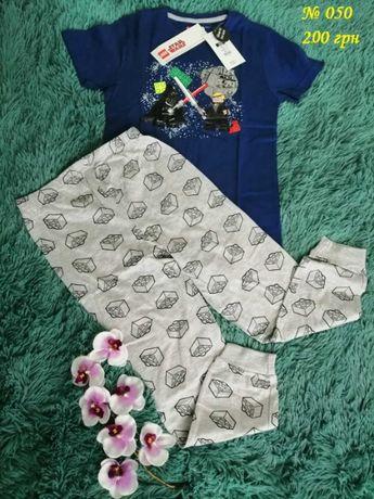 Пижамка (футболка и штаны с рисунком трансформер) для мальчика.
