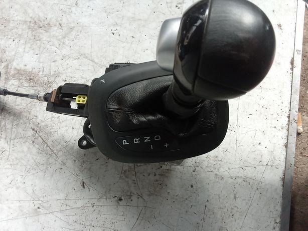Mieszek zmiany biegów Fiat 500X automat
