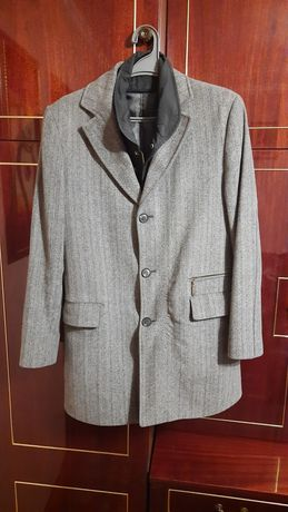 Продам пальто чоловіче