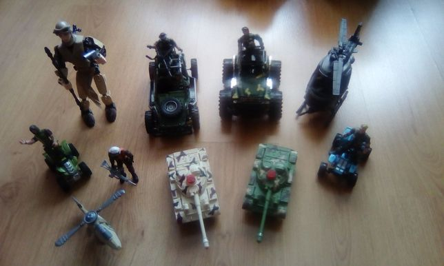 Zestaw wojskowy zabawkowy duży +Leja Star Wars