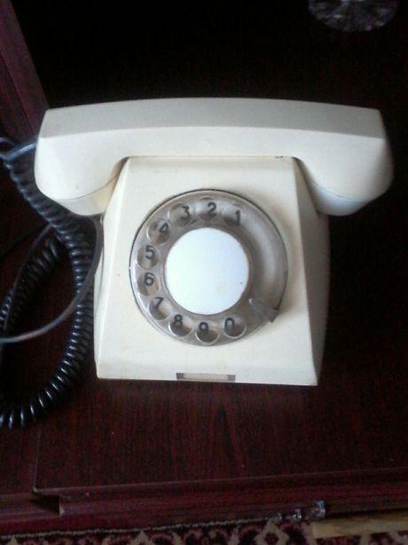 Продается советский стационарный телефон