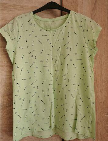 Zielona koszulka we wzorki