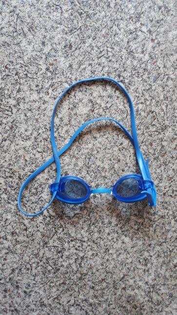 Продам очки Speedo для плавания бассена
