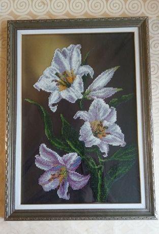 Вышитая бисером картина ручной работы цветы