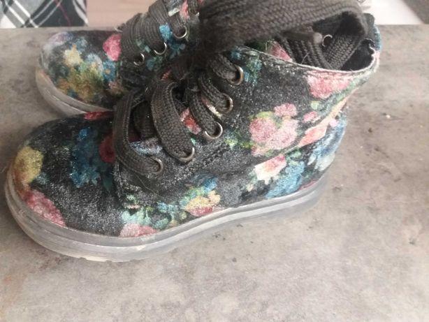 trzewiki buty na jesien rozm 22