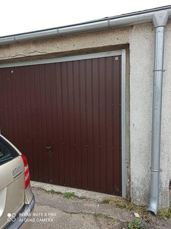 Garaż grunt własny prąd
