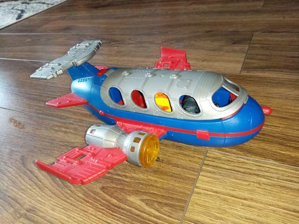 Samolot Fischer price świeci i mówi