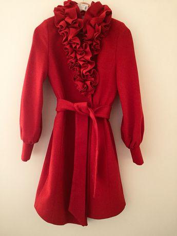 Красное пальто 42 S новое