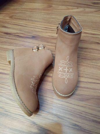 очень классные ботинки черевички для девочки