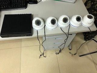 Видеорегистратор на 8 камер+камеры