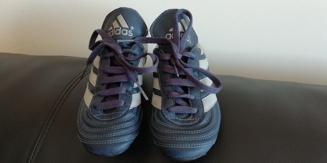 Chuteiras originais Adidas n°32