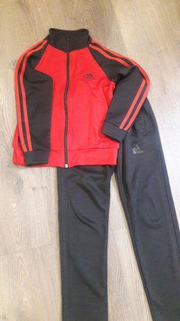 Спортивный костюм adidas 134