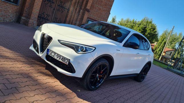 Białe Alfa Romeo Stelvio na ślub wesele Czestochowa Slask