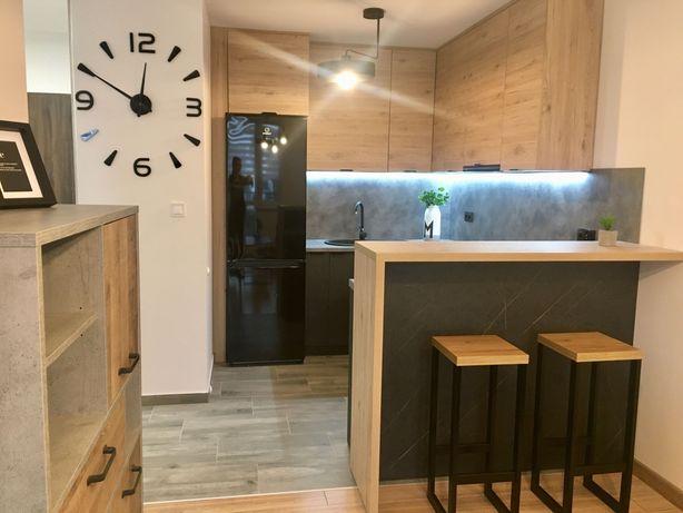 AKTUALNE Mieszkanie umeblowane nowe na wynajem obok parku plus parking