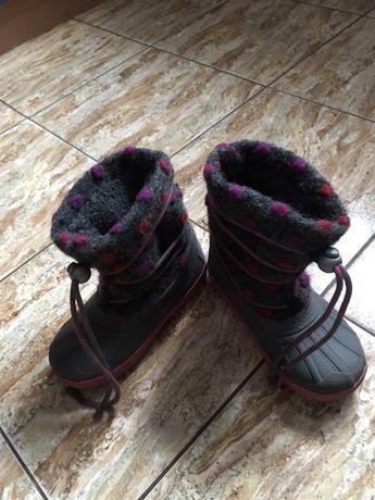 Дитячі непромокаючі чобітки на зиму