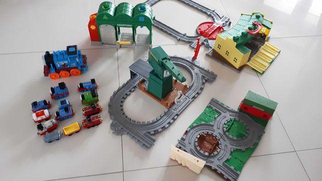 Tomek i Przyjaciele Take n Play Zajezdnia Domkowo kolejki tory lokomot