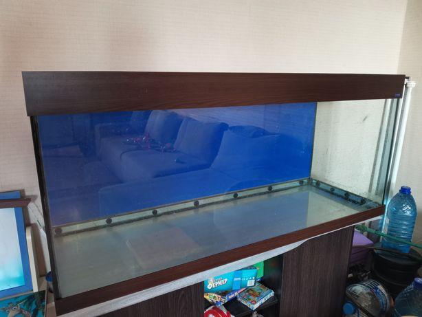 Продам большой аквариум БУ