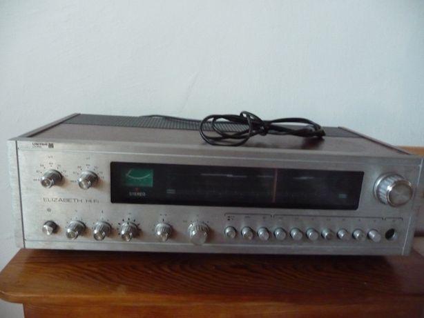 Radio Elizabeth Hi Fi DST 102