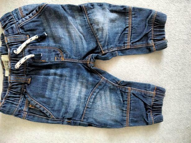 Spodnie dla chłopca rozmiar 68