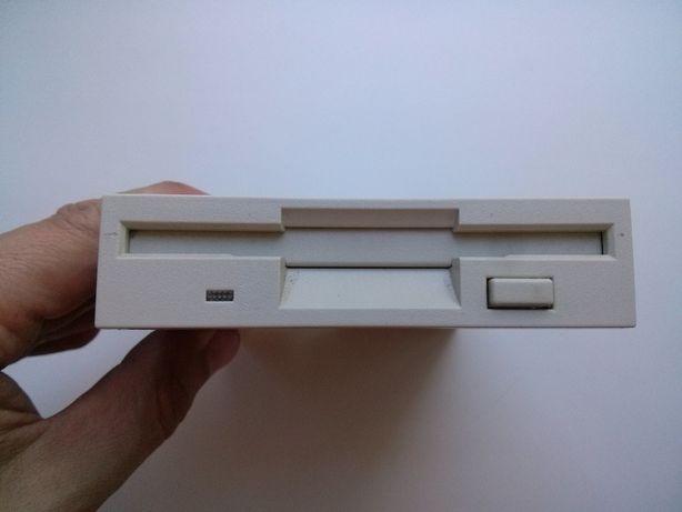 Флоппи-дисковод Samsung