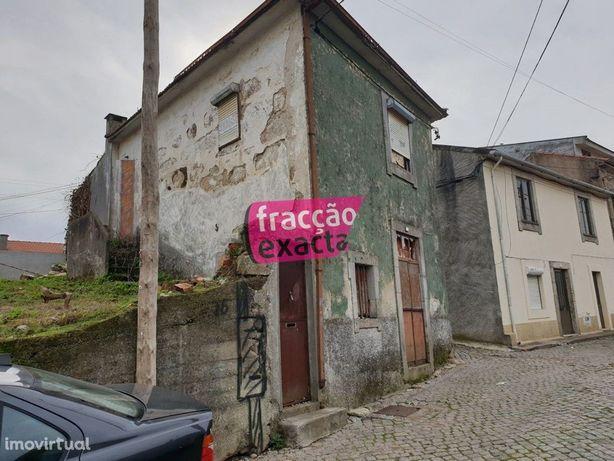 Moradia 3 Frentes - Baguim do Monte - para recuperar -Metro a 900 mt