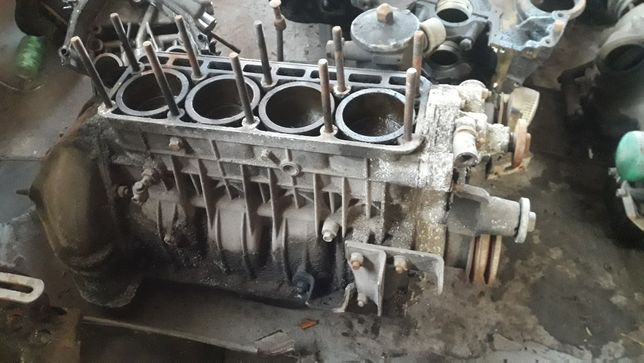 Низ двигателя 402 и 24 газель.запчасти для газели разборка газелей