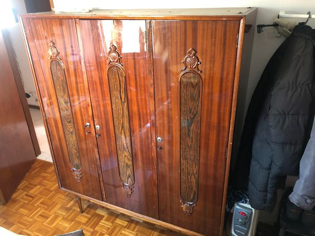Guarda roupa 3 portas vintage
