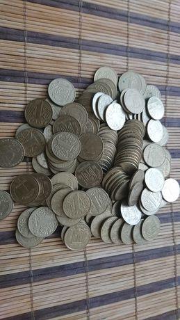 Продам деньги Украины монеты 1 гривна разных годов, для выкупа невест.