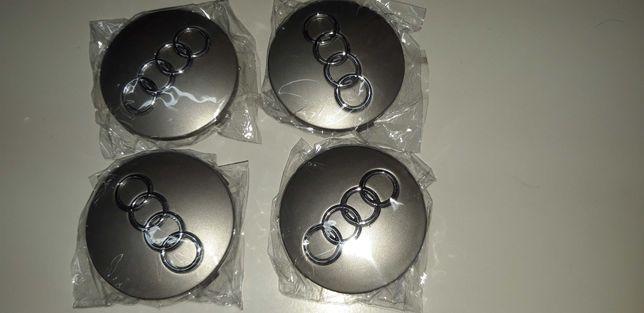 Vendo 8 Centros de jantes Audi A5 60mm