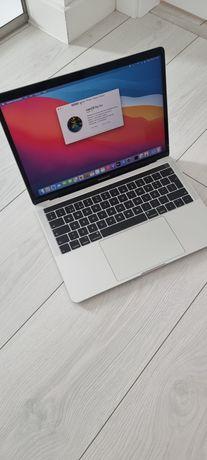 Vendo macbook Pro  13 , com touch bar