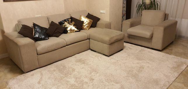 Продам диван раскладной для гостиной. 2450×950 с креслом 1100×950
