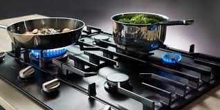 Podłączenie/montaż/instalacja/ kuchenek gazowych płyt gazowych