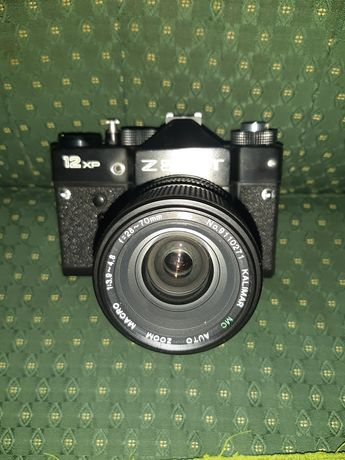 Câmera Zenith 12 XP